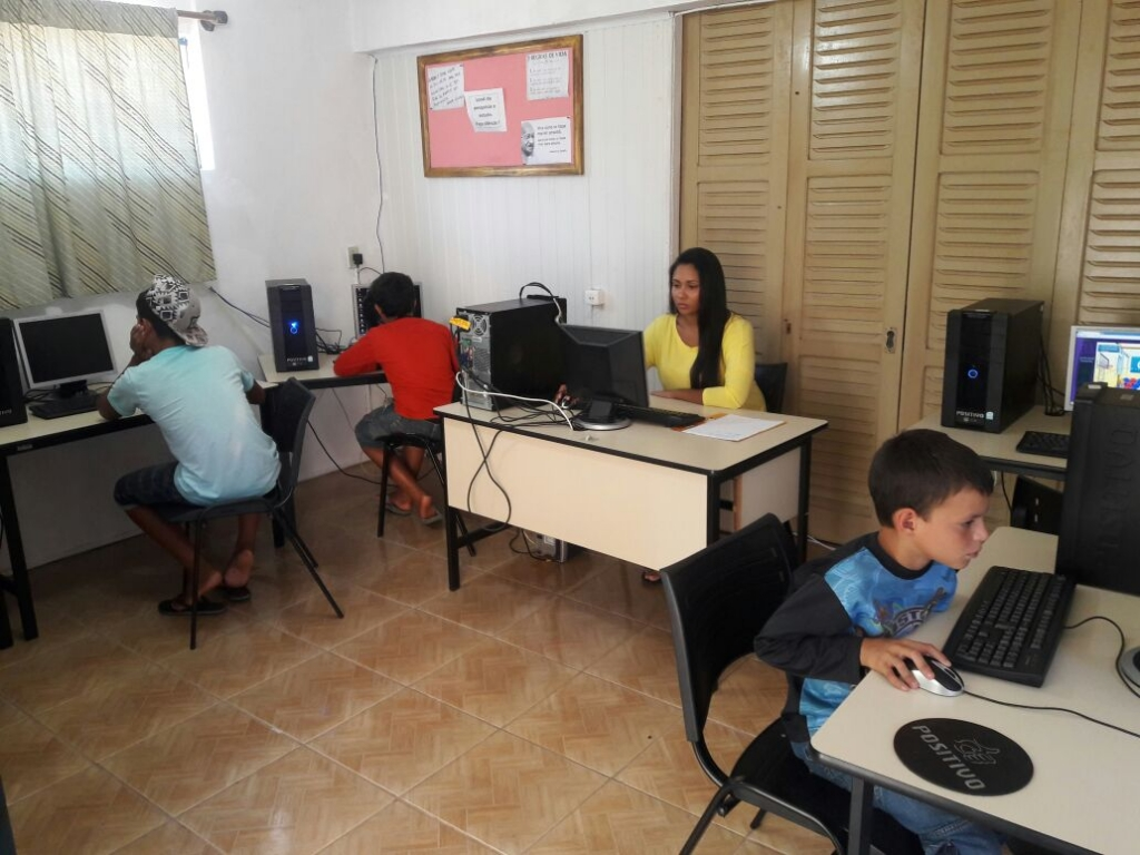 Centro de pesquisa e comunicação em Dona Francisca