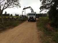 Melhorias de estradas vicinais e construção de bueiros na Linha do Moínho