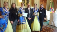 Soberanas visitam Palácio Piratini, Assembléia Legislativa e Quarta Colônia