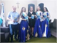 Dona Francisca  Recebe Visita do  Vice-Prefeito e Corte  do Município de Restinga Sêca