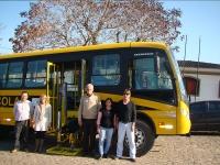 Administração Municipal recebe ônibus do Governo do Estado