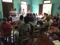 Agentes de Saúde em grande grupo do Projeto Agita Dona Xica ,palestra sobre os cuidados e com o uso acessivo do açúcar.